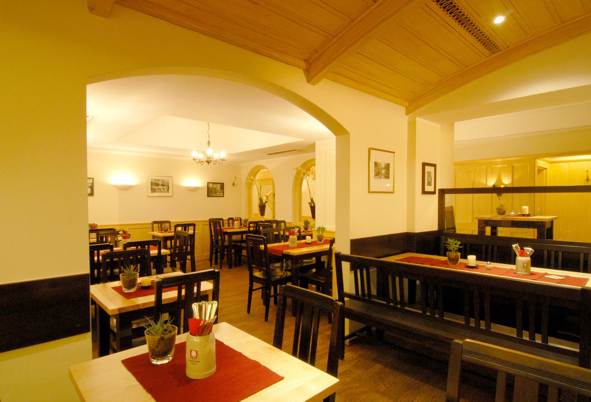 schnitzelwirt-muenchen-restaurant